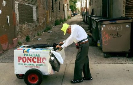 תמונה קורעת לב הביאה את האינטרנט לתרום יותר מ-253,000 דולר לגבר בן 89