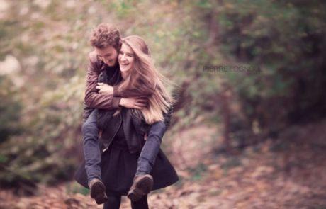 מתברר כי גברים שמעדיפים נשים חכמות כבנות זוג מאריכים חיים