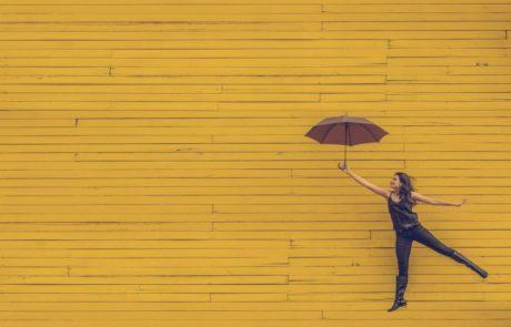 איך להתגבר על פומו ולחסוך זמן, כסף ובריאות נפשית