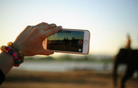 יוצרי וידאו ויראלי: אנחנו רוצים את הסרטונים שלכם (ומוכנים לשלם)