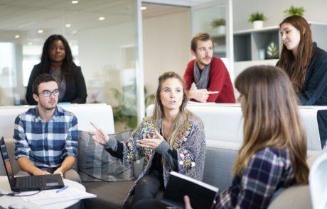אלה שלוש המילים שעוזרות לחברות ענק להימנע מטעויות ולקבל החלטות מוצלחות